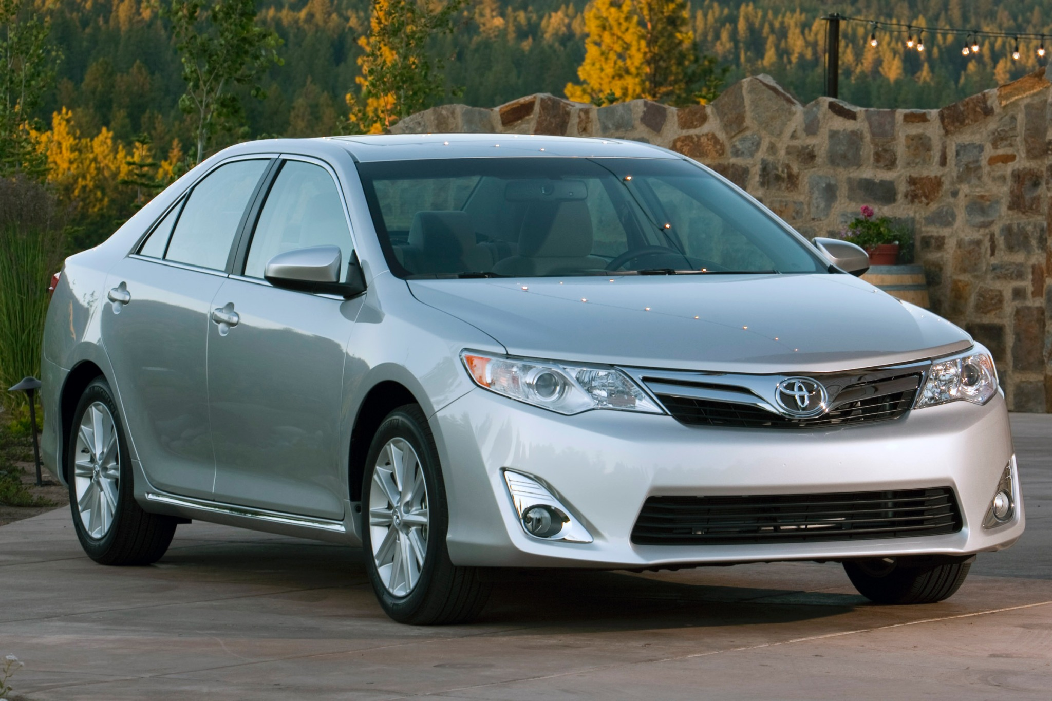 2017 Toyota Camry 12 Xle Sed Exterior