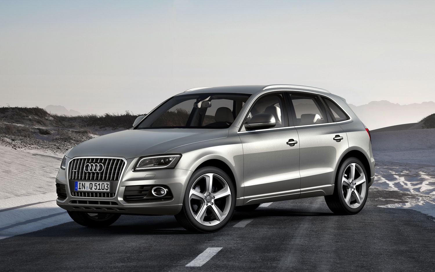 2015 audi q5 information and photos zombiedrive. Black Bedroom Furniture Sets. Home Design Ideas