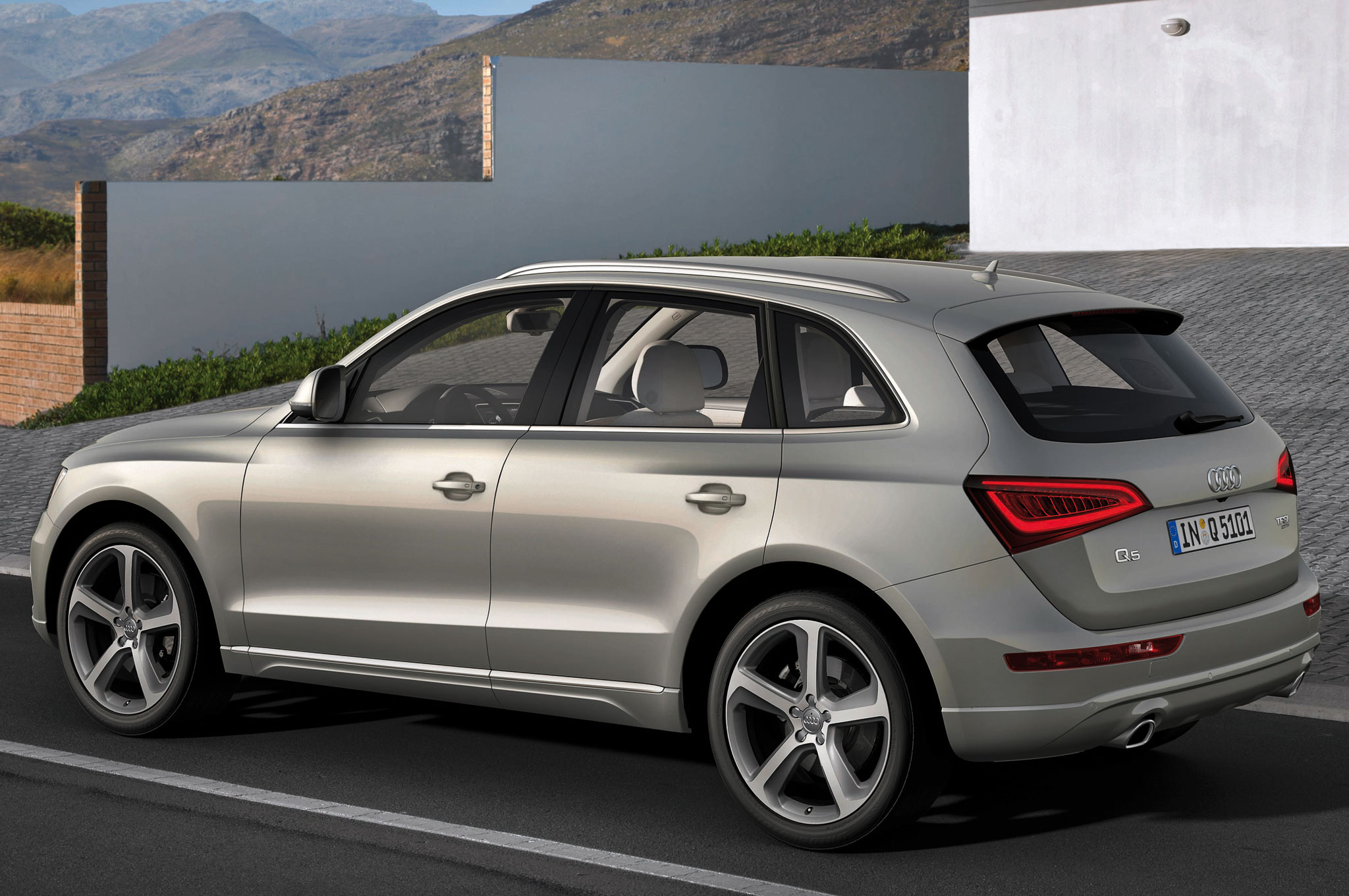 2015 audi sq5 information and photos zombiedrive. Black Bedroom Furniture Sets. Home Design Ideas