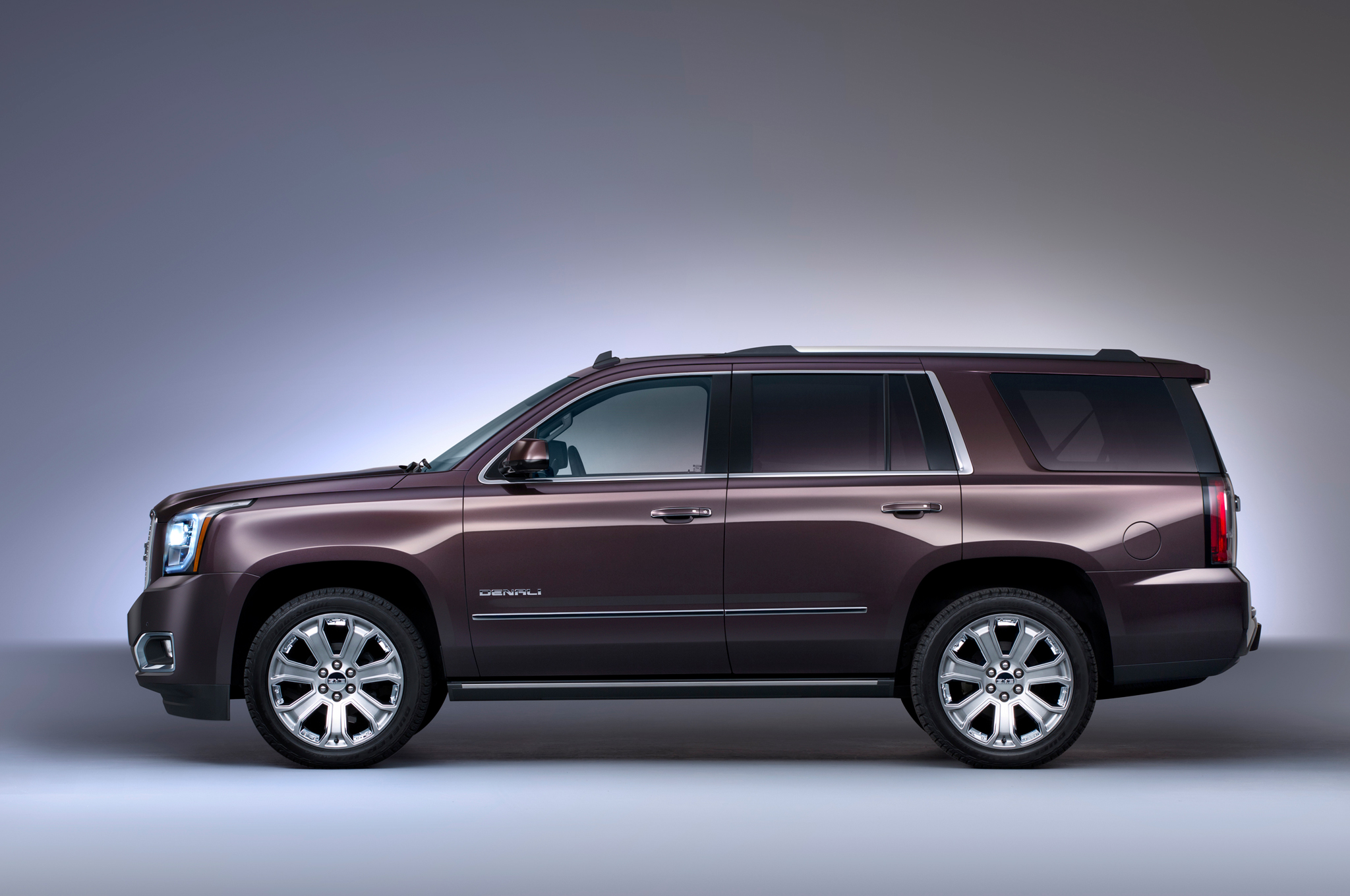 gmc and chevrolet tahoe car rst reviews edition driver price specs photos