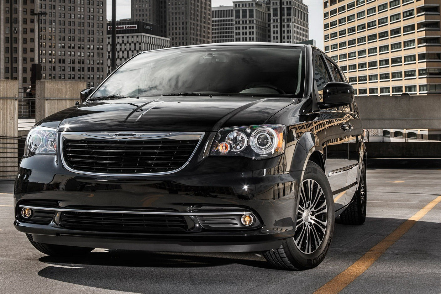 2015 Chrysler Town and Country #6