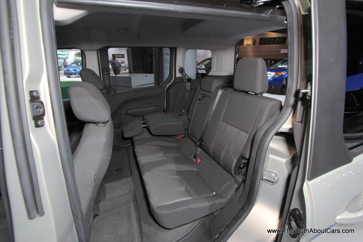 ford transit wagon 13