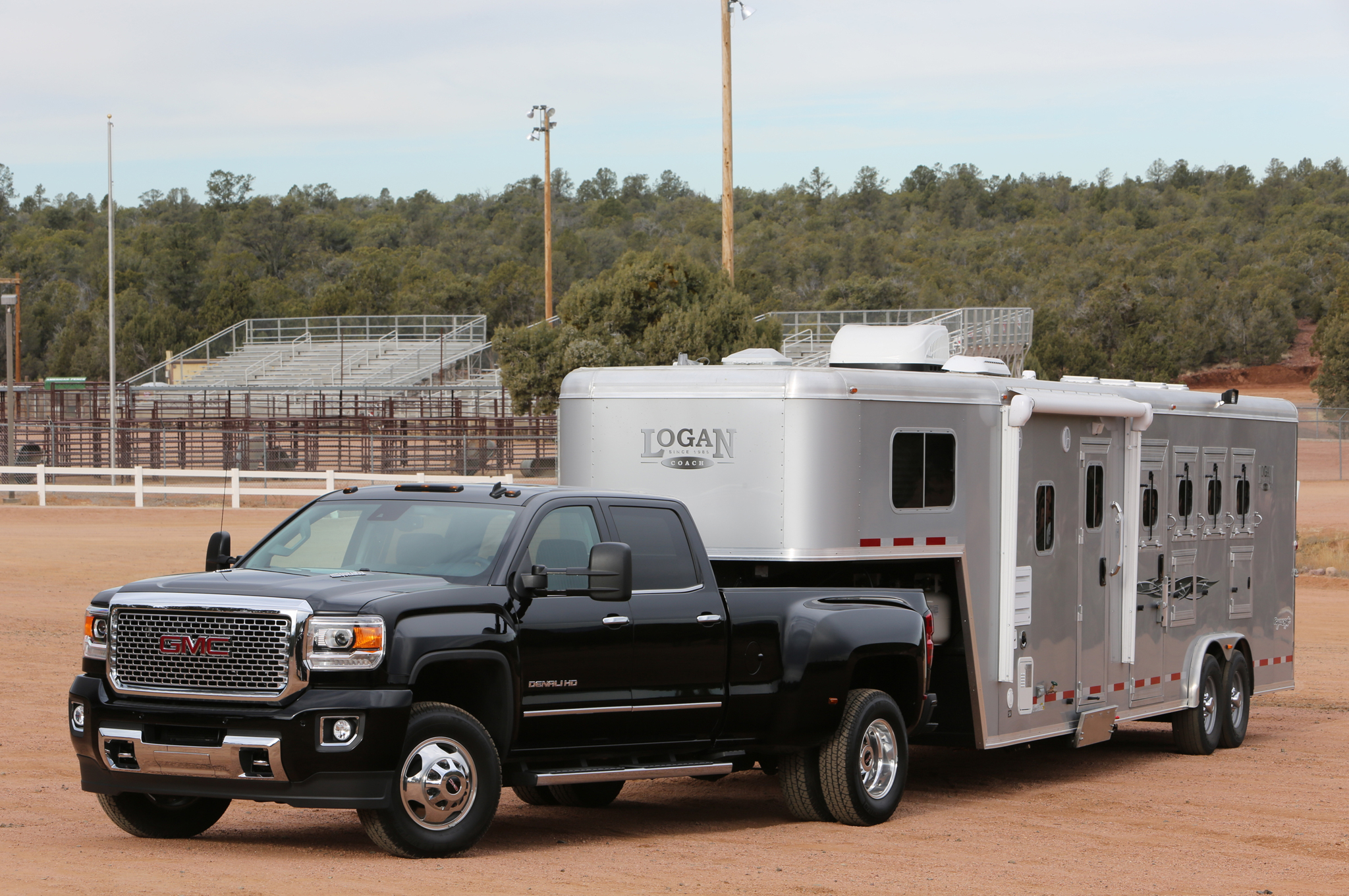 GMC Sierra 3500HD #17