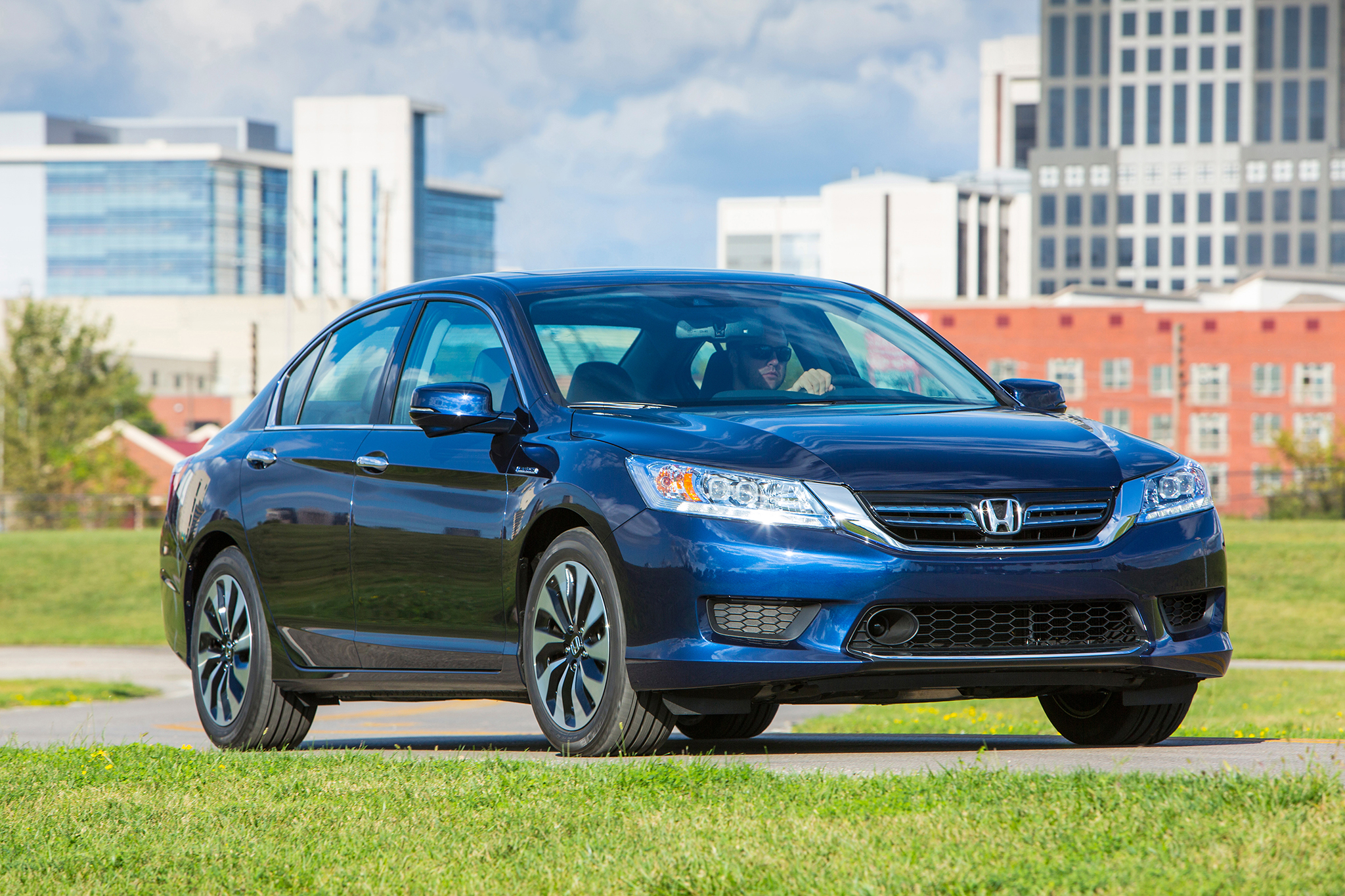 2015 Honda Accord Hybrid #6