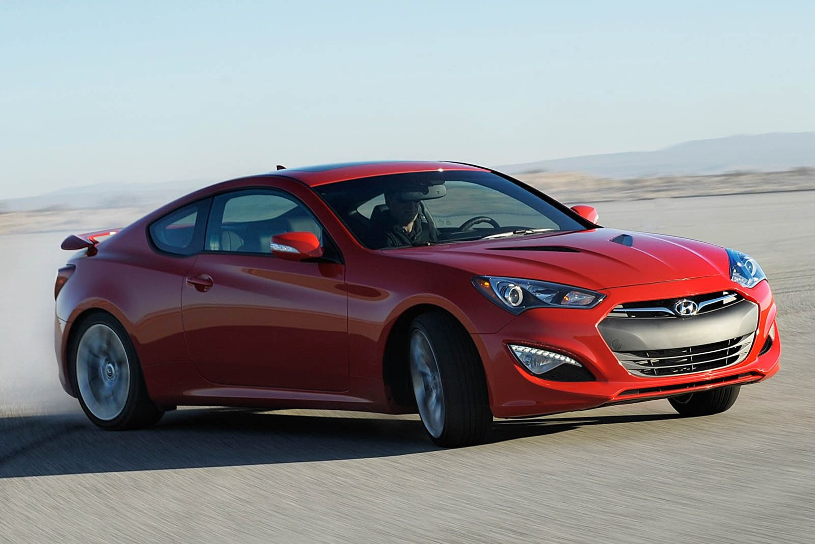 2015 hyundai genesis coupe information and photos zombiedrive. Black Bedroom Furniture Sets. Home Design Ideas