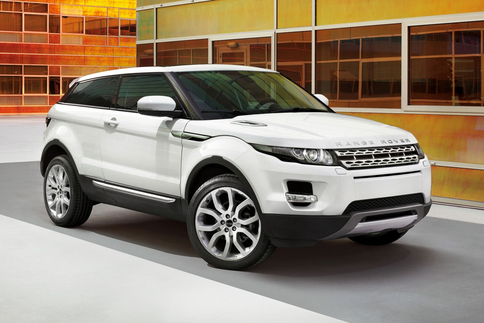 2015 land rover range rover evoque information and. Black Bedroom Furniture Sets. Home Design Ideas