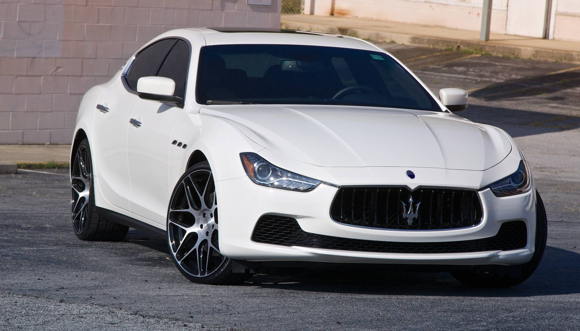 2015 maserati ghibli white 200 interior and exterior images. Black Bedroom Furniture Sets. Home Design Ideas