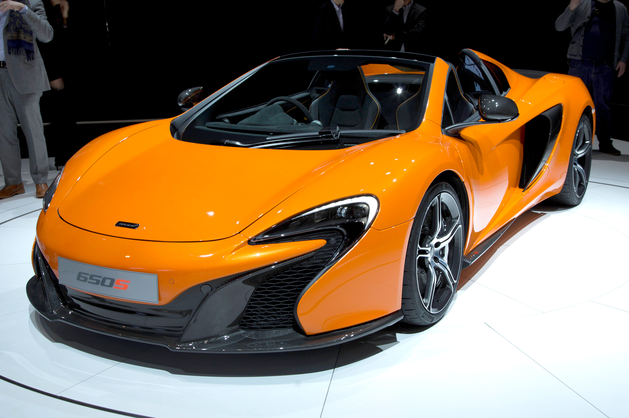 2015 mclaren 650s spider information and photos zombiedrive. Black Bedroom Furniture Sets. Home Design Ideas