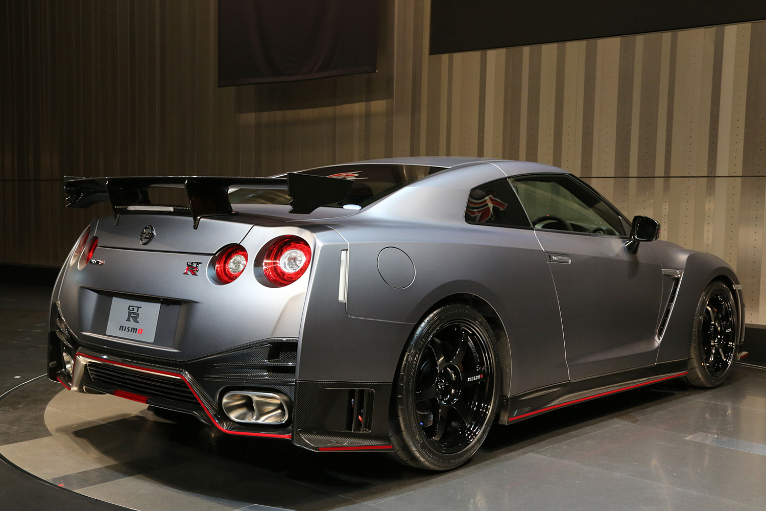 2015 nissan gt-r - information and photos - zombiedrive