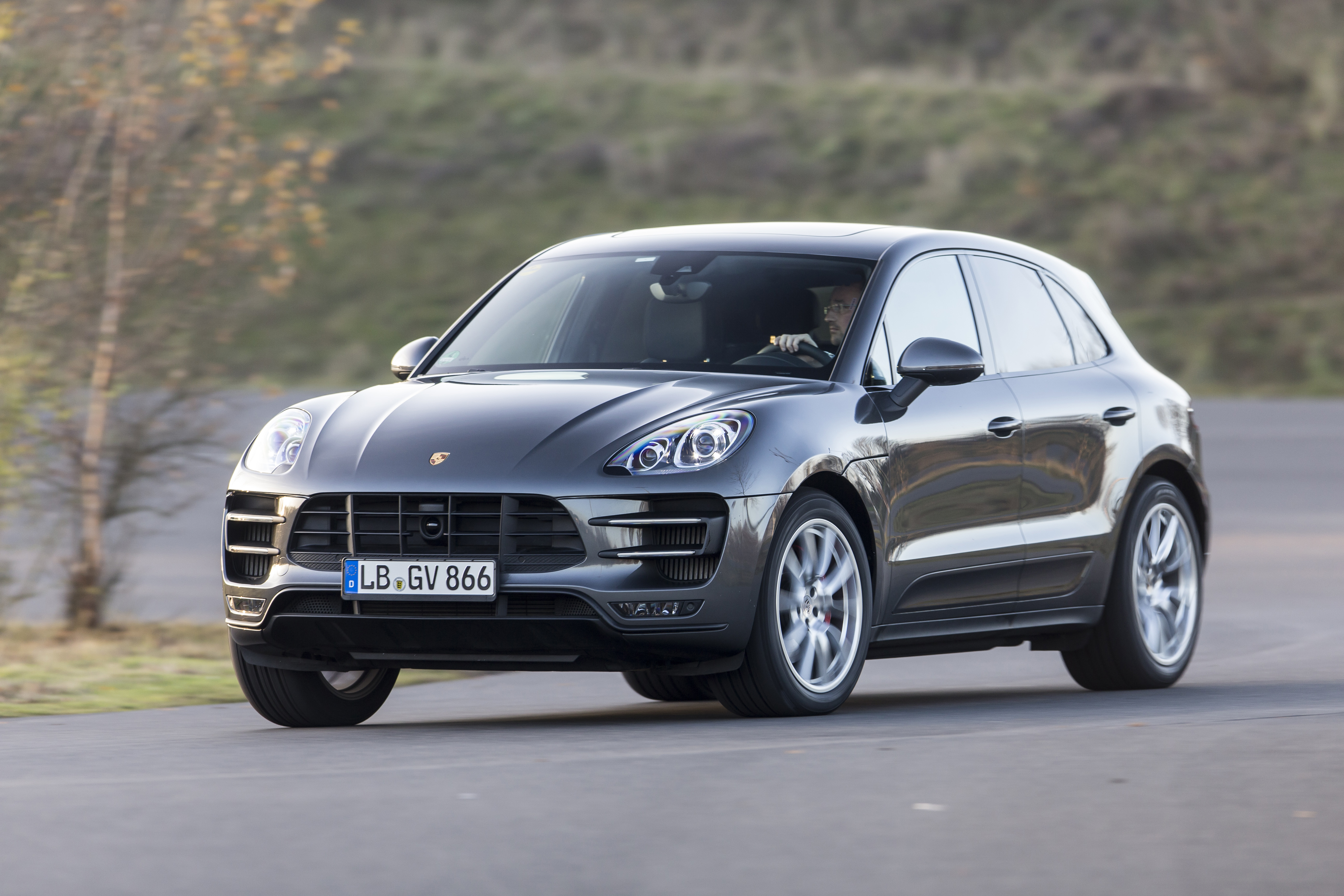 2015 PORSCHE MACAN – THE STYLISH UTILITY VEHICLE - Image #15