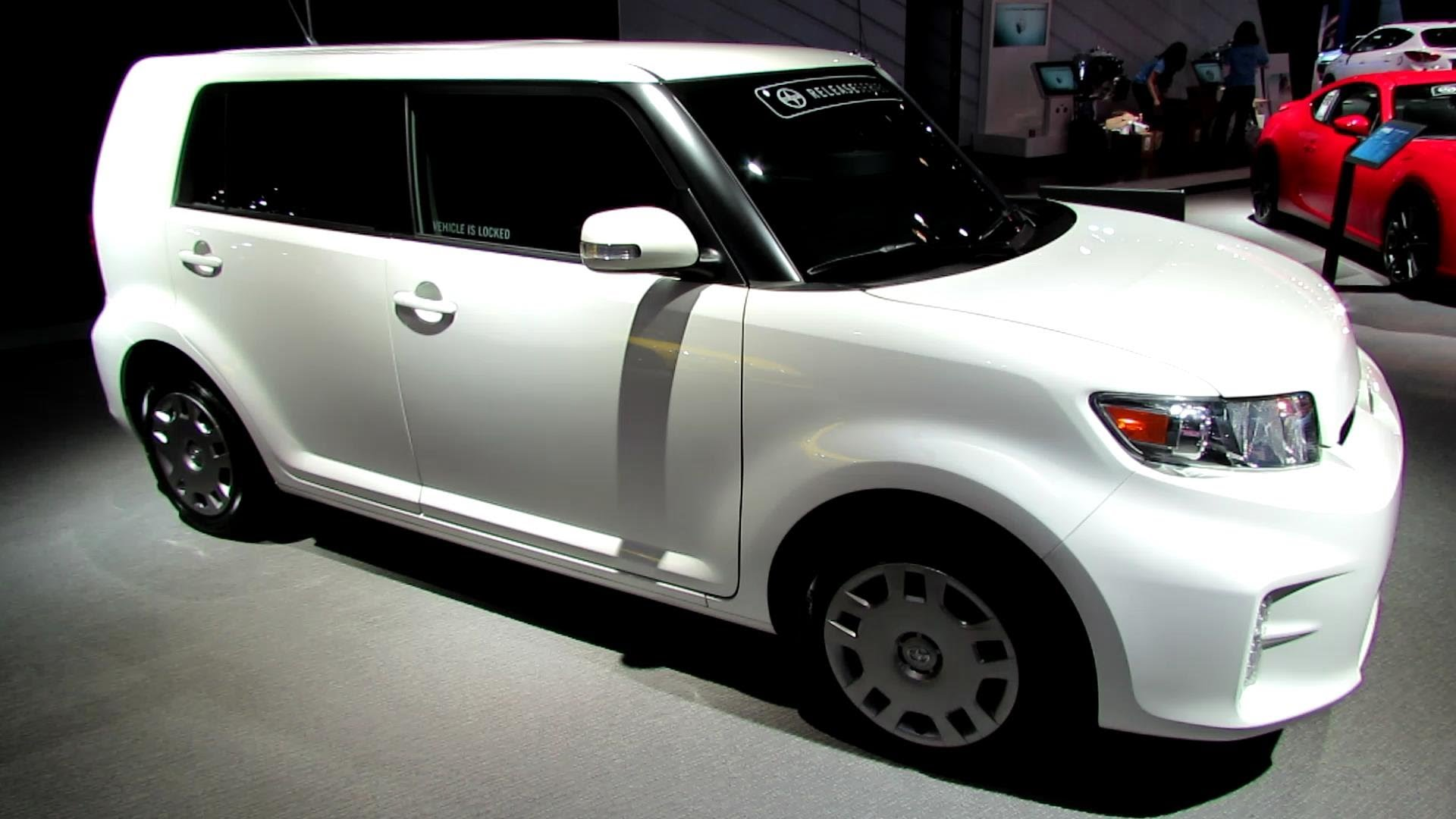 2015 Scion xB #4
