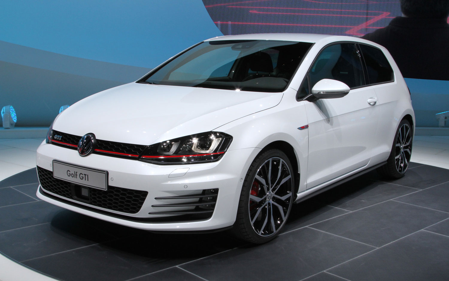 2015 volkswagen golf gti image 5. Black Bedroom Furniture Sets. Home Design Ideas