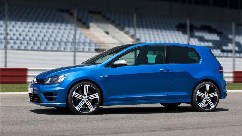 2015 Volkswagen Golf R  Information and photos  ZombieDrive