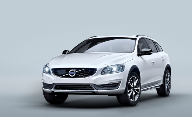 2015 Volvo V60 Cross Country #9