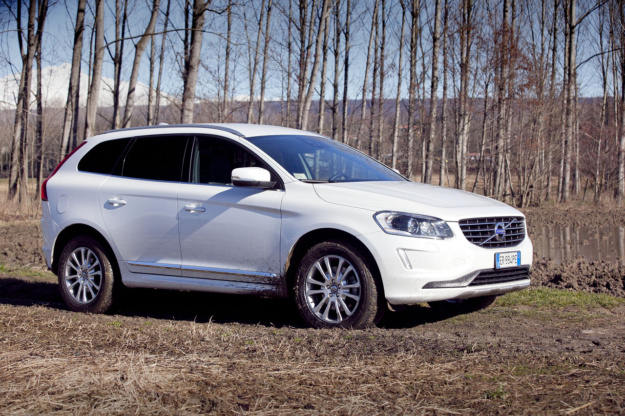 2015 volvo xc60 information and photos zombiedrive. Black Bedroom Furniture Sets. Home Design Ideas
