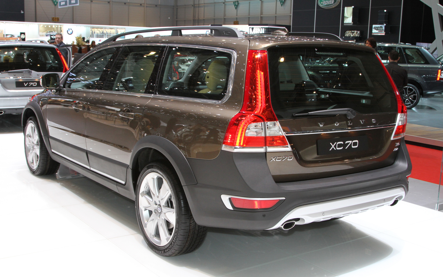 2015 volvo xc70 image 5. Black Bedroom Furniture Sets. Home Design Ideas