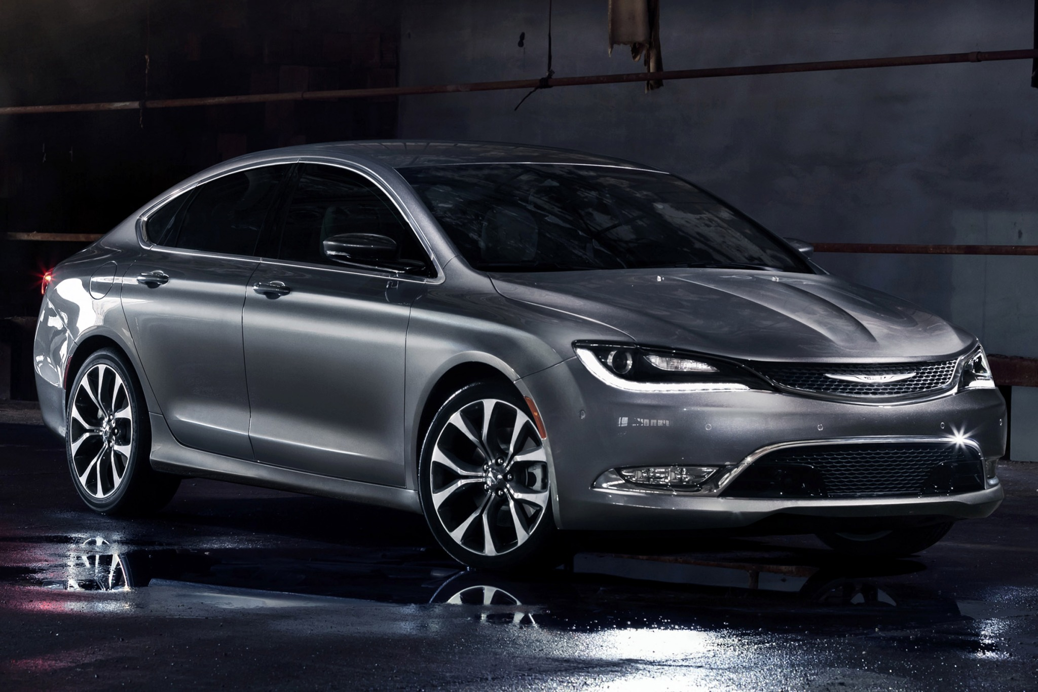 2015 Chrysler 200 C Sedan exterior #2