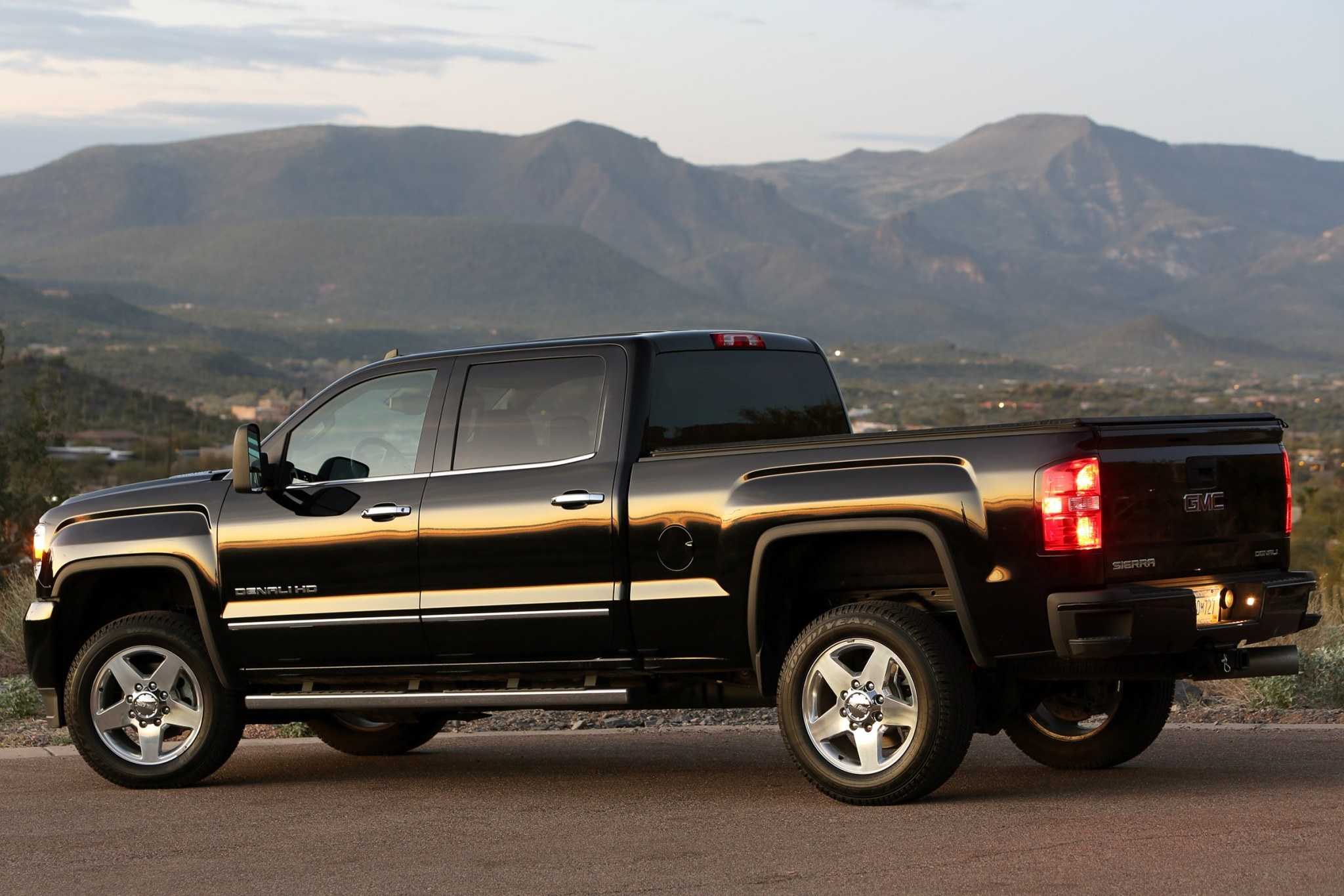 2015 GMC Sierra 2500HD SL interior #8