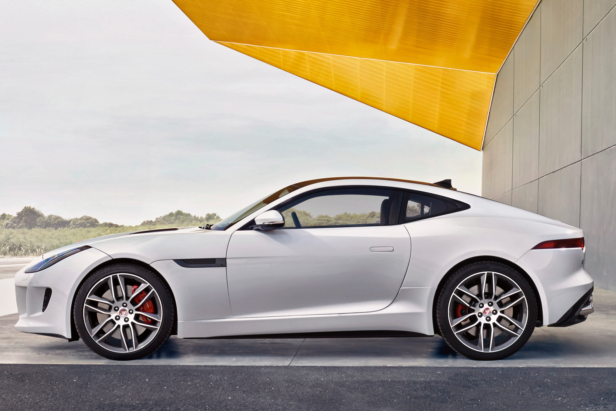 2015 Jaguar F-Type Coupe  exterior #4