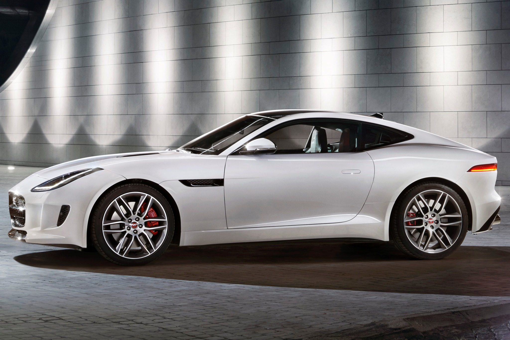 2015 Jaguar F-Type Coupe  exterior #3