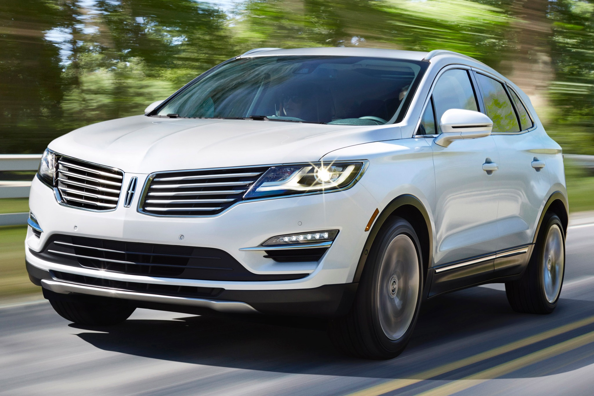 2015 Lincoln MKC 4dr SUV  exterior #3