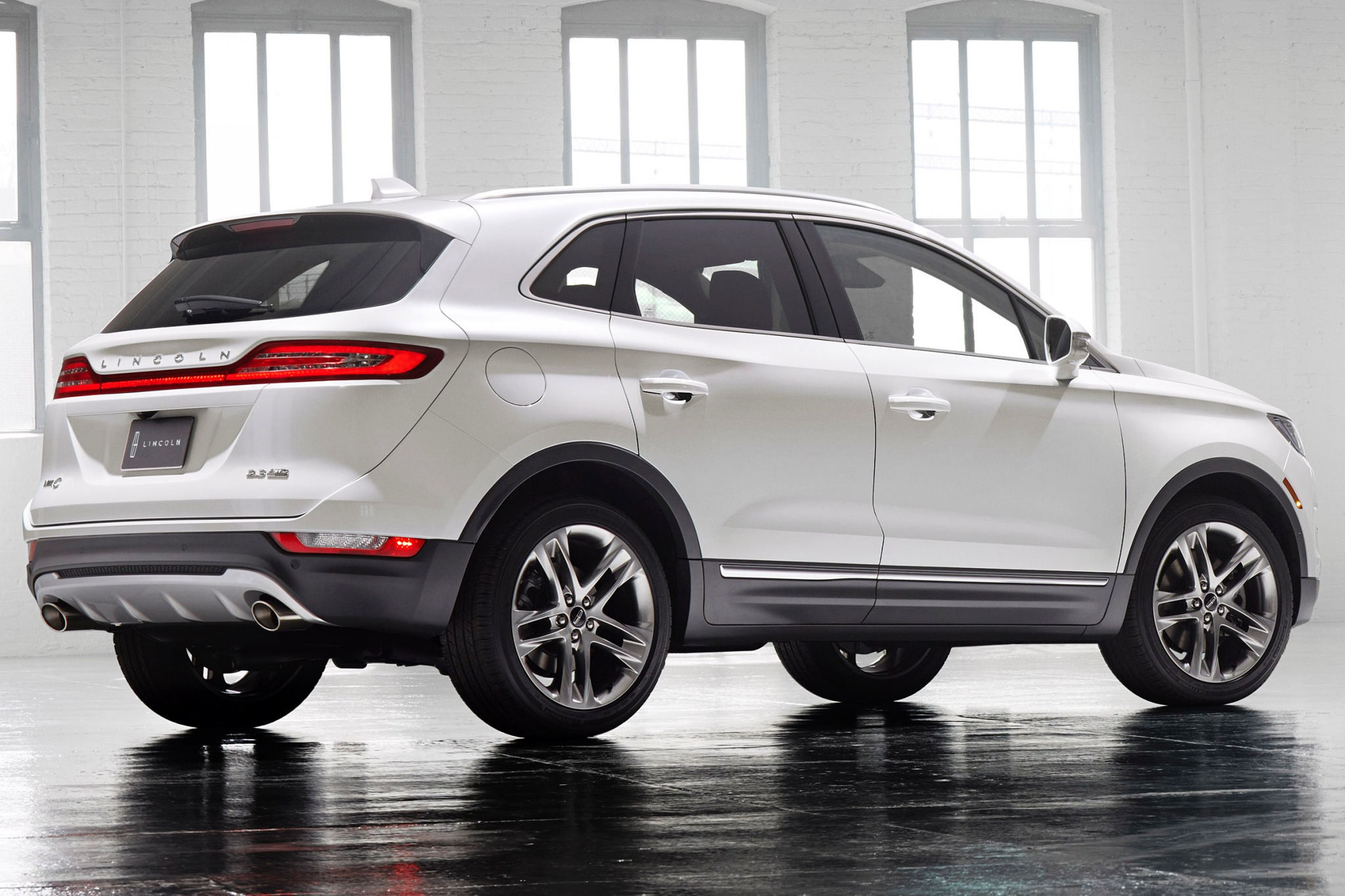 2015 Lincoln MKC 4dr SUV  exterior #7