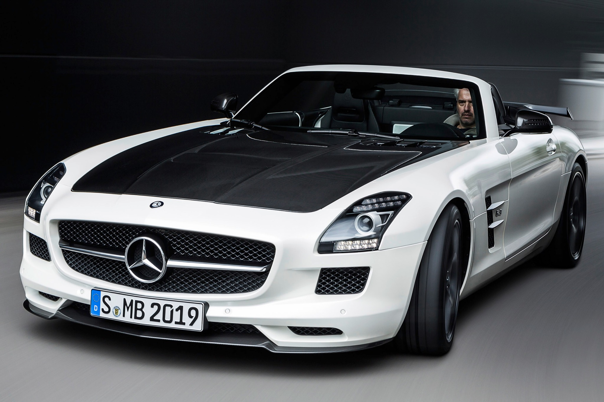 2015 mercedes benz sls amg gt final edition image 3 for 2015 mercedes benz sls amg