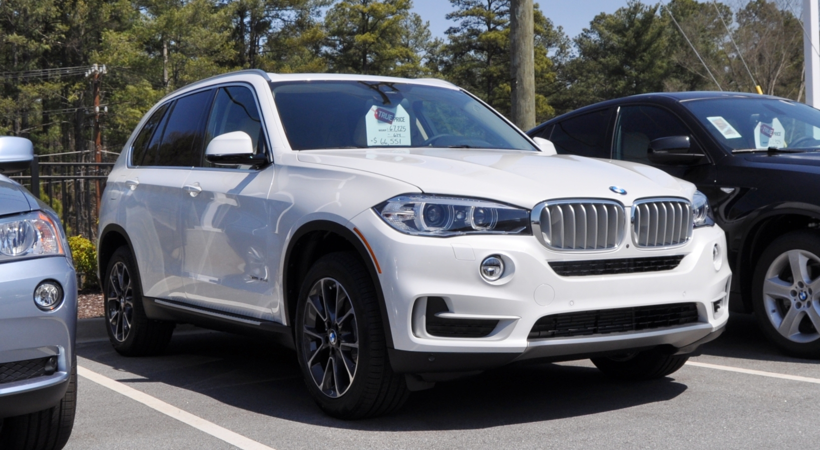 2016 BMW X7 - Information and photos - ZombieDrive