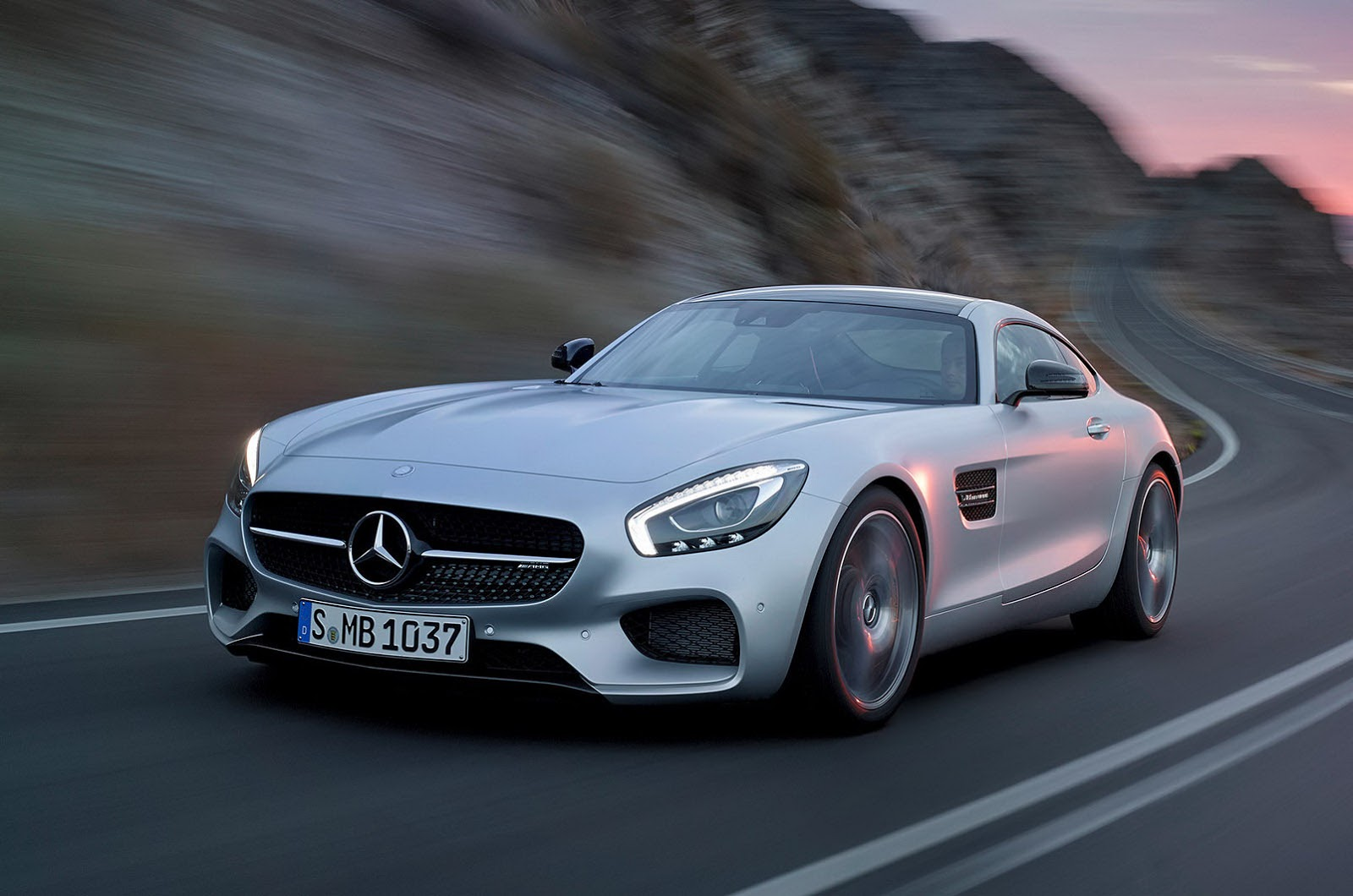 2016 mercedes benz amg gt information and photos for Facts about mercedes benz