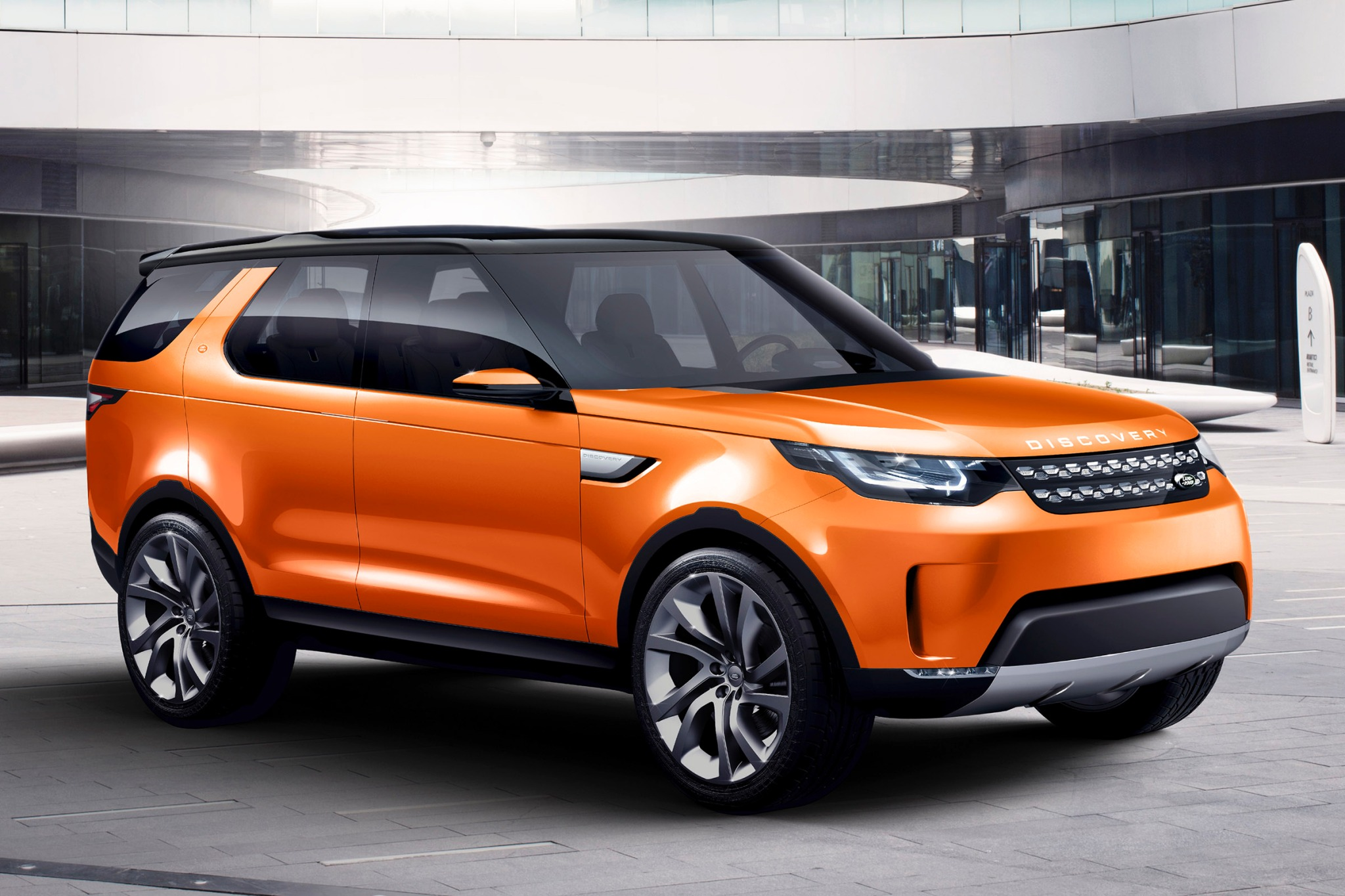 2016 Land Rover Discovery exterior #1