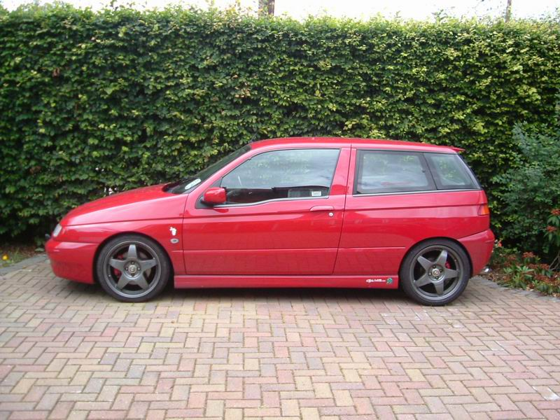 Alfa Romeo 145 is the red venom  #2