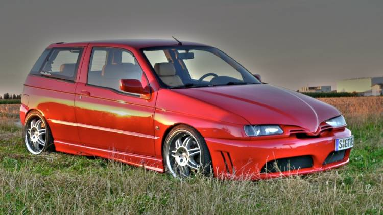 Alfa Romeo 145 is the red venom  #8