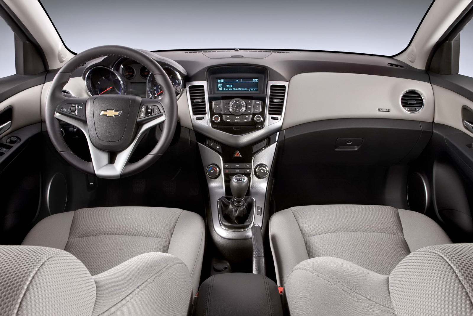 Chevrolet Cruze Planning To Take Over The World #5