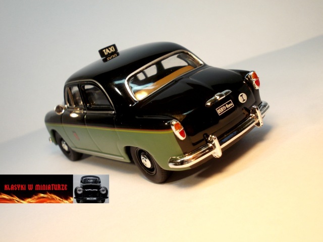 Classy Taxi Fiat 1400 Image 4
