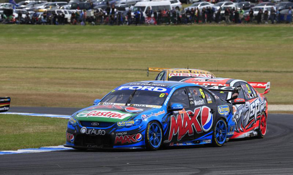 Ford Falcon Still Dominating Shows & Races #39