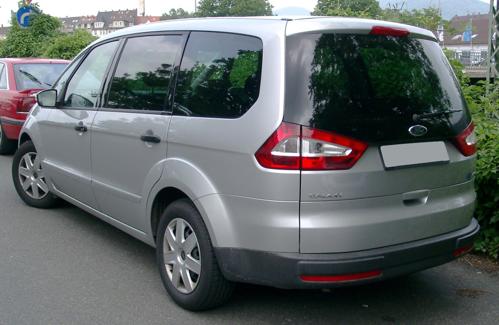Ford Galaxy Keeping Families Together #3