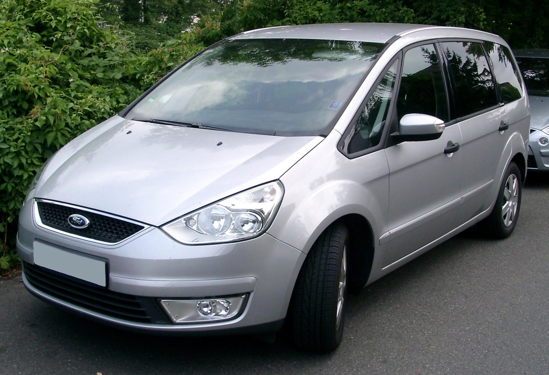 Ford Galaxy Keeping Families Together #1