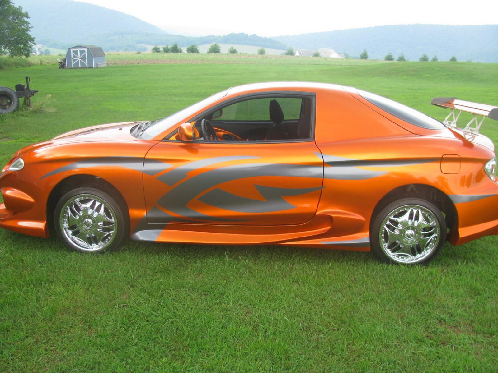 2001 Hyundai Tiburon 1600px Image 6