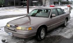 1993 Ford Crown Victoria #4