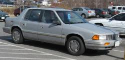 1993 Plymouth Acclaim #2