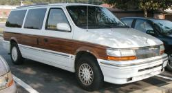 1995 Chrysler Town and Country #5