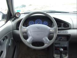 1996 Ford Aspire #9