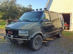2002 GMC Safari Cargo #11