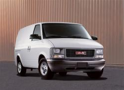 2004 GMC Safari Cargo