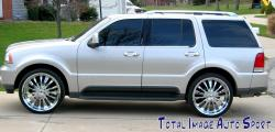 2004 Lincoln Aviator #8