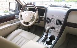 2005 Lincoln Aviator #16