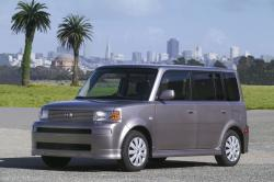 2005 Scion xB #7