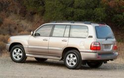 2005 Toyota Land Cruiser #3