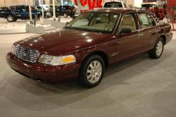 2006 Ford Crown Victoria #11
