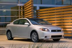 2010 Scion tC #15